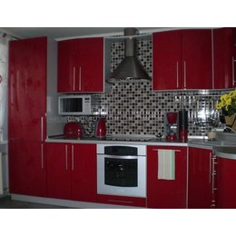 Кухня МДФ крашенный красный глянец