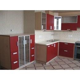 Кухня МДФ пленочный красный матовый