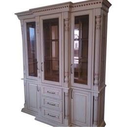 Витрина Олимп 3-х дверная