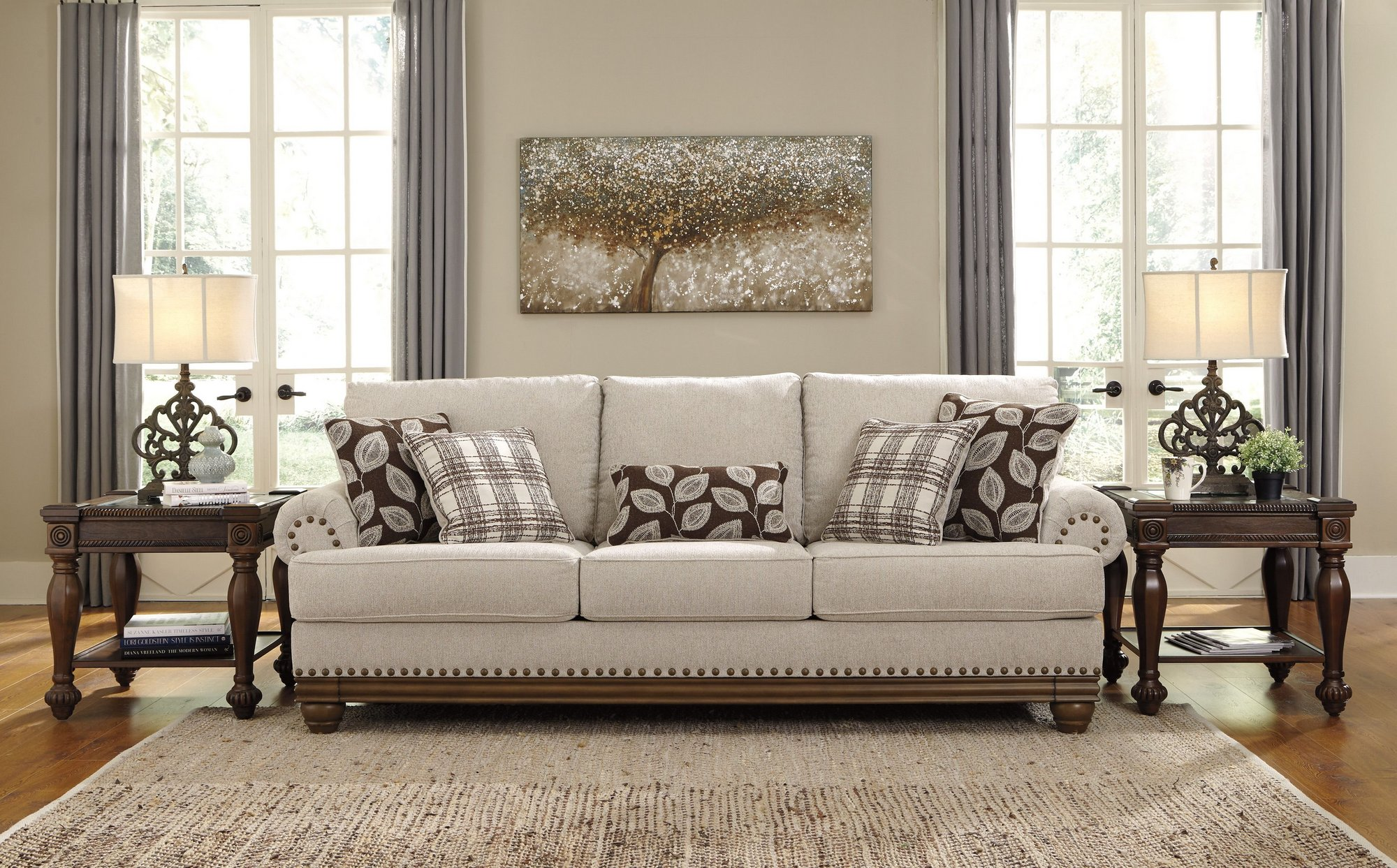 Где купить мебель американского бренда Ashley